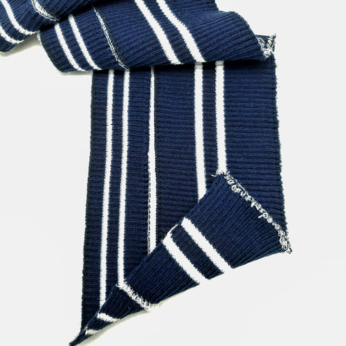 Резинка довяз тонкая,синяя с белой полоской