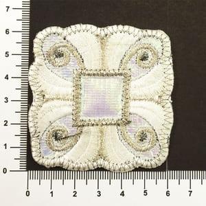 Аппликация клеевая белый квадрат с узорами уп. 10 шт.