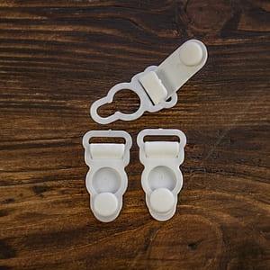 Держатель для чулок пластик, белый