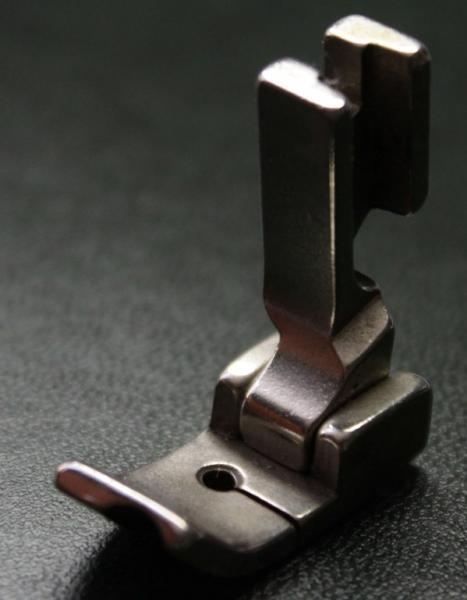 Лапка P69 RH 1/4 под фитиль правая