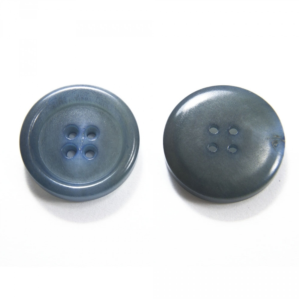 Пуговица голубая перламутровая, 22 мм