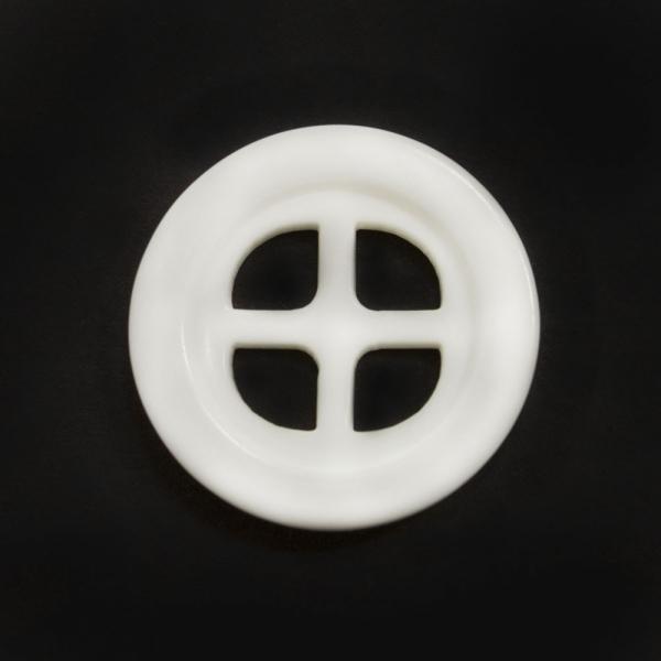 Пуговица белая, 24 мм